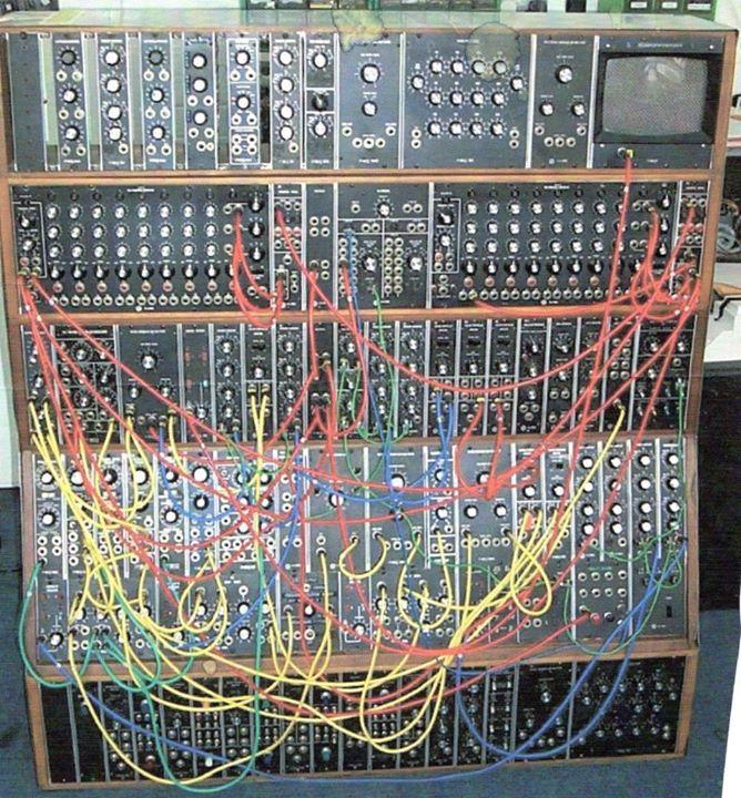 KE_Moog